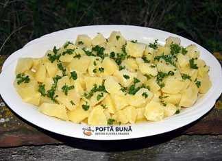 Cartofi natur cu unt si patrunjel verde