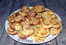 Rulouri aperitiv din foietaj cu branza si sunca presata
