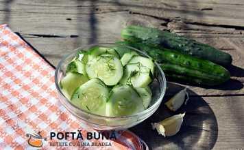 Salata simpla de castraveti, cu usturoi si marar