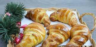 Cornuri aperitiv fragede si pufoase, croissante rapide cu branza