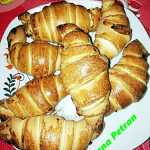 ileana petran 150x150 - Cornuri aperitiv fragede si pufoase, croissante cu branza