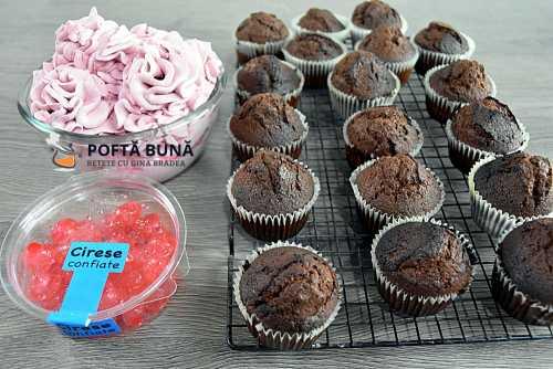 Cupcakes cu cacao