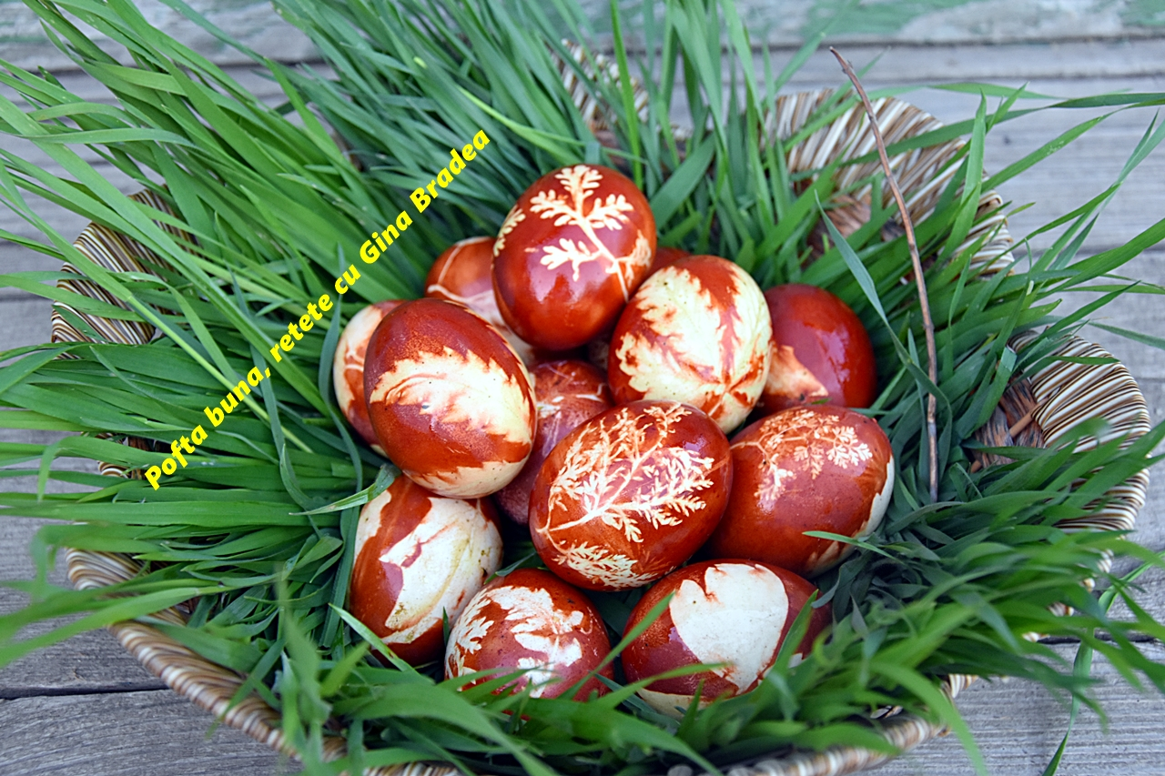 Cum se vopsesc ouale natural cu sfecla rosie si coji de ceapa 1 - Cum se vopsesc ouale natural cu coji de ceapa si sfecla