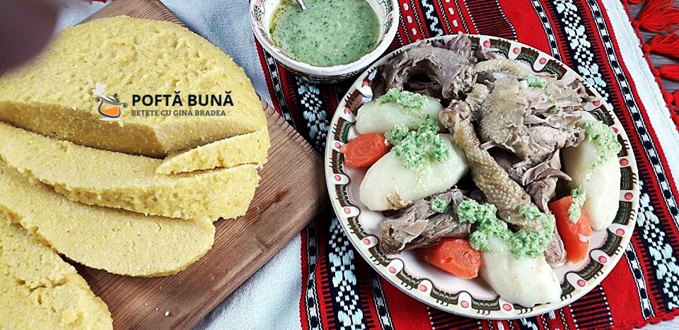 Rasol din carne de pasare gaina reteta simpla traditionala 2 - Rasol din carne de pasare cu mamaliga si mujdei, reteta traditionala