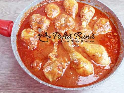 Ostropel de pui cu sos tomat, reteta clasica