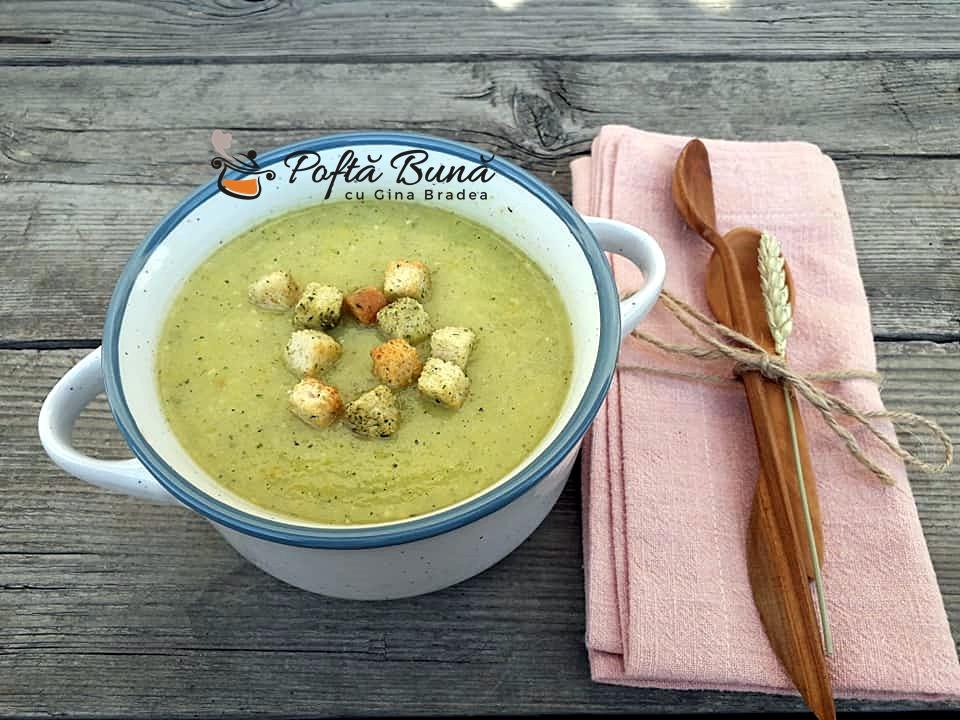 Supa crema de dovlecei cu legume, reteta de post sau de dulce