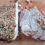 burger de casa reteta simpla rapida 3 150x150 - Burger cu friptura de porc, legume si chifle de casa