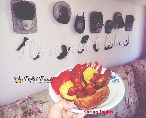 cartofi copti cuptor 652x525 1 500x403 - Cartofi copti la cuptor, cu rosii si carnati afumati, reteta simpla