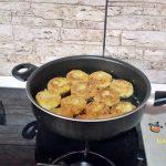 chiftele din cartofi fierti cu marar reteta de post 2 150x150 - Chiftele din cartofi fierti cu marar si usturoi, reteta de post