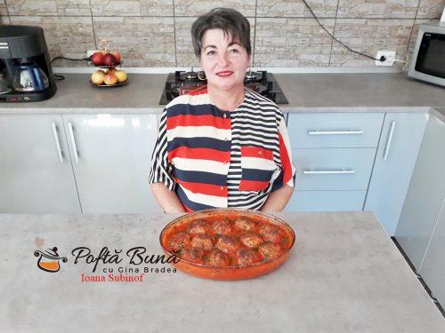 chiftele in sos de ardei reteta simpla pas cu pas8 500x375 - Chiftele la cuptor in sos de ardei cu garnitura de cartofi natur sau piure
