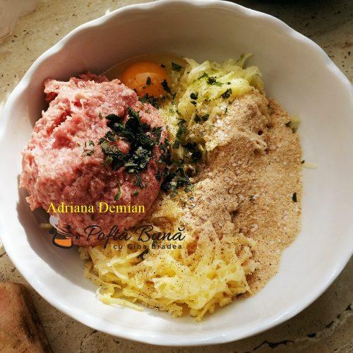 chiftelute de sezon reteta simpla 500x500 - Chiftelute de sezon din carne de pui si cartofi