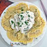Coltunasi sau chiroste cu cartofi si ciuperci, reteta clasica