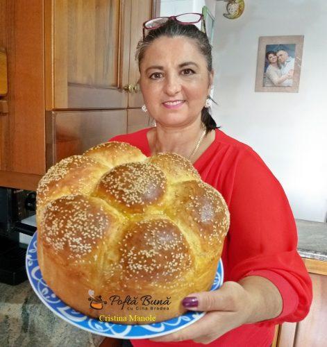 paine de casa cu lapte si ou 1 471x500 - Paine de casa cu lapte si ou, in forma de floare