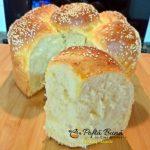 paine de casa cu lapte si ou 2 150x150 - Paine de casa cu lapte si ou, in forma de floare
