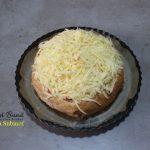 paine umpluta cu sunca si cascaval3 150x150 - Paine umpluta cu cascaval, sunca si carnati