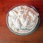 prajitura cu mac si jeleu de mure 6 150x150 - Prajitura cu mac, crema de vanilie si jeleu de mure