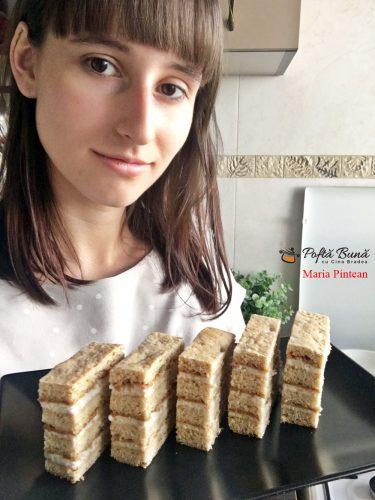 prajitura cu miere de albine si crema de smantana 1 375x500 - Prajitura foi cu miere de albine, nuca si crema de smantanta