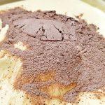 prajitura paradis de ciocolata reteta pas cu pas 2 150x150 - Prajitura Paradis de ciocolata cu blat de cacao, ciocolata alba si neagra
