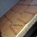 prajitura tosca reteta simpla3 150x150 - Prajitura Tosca cu mac, crema de vanilie, biscuiti si ciocolata