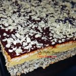 prajitura tosca reteta simpla5 150x150 - Prajitura Tosca cu mac, crema de vanilie, biscuiti si ciocolata
