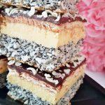 prajitura tosca reteta simpla6 150x150 - Prajitura Tosca cu mac, crema de vanilie, biscuiti si ciocolata
