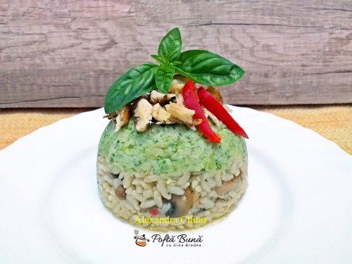 risotto cu ciuperci parmezan broccoli si peste 3 500x375 - Risotto cu ciuperci, parmezan, broccoli si peste, reteta pas cu pas