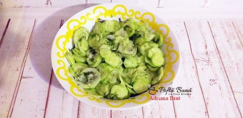salata castraveti reteta rapida simpla 4 500x243 - Salata de castraveti cu usturoi si marar, reteta ardeleneasca