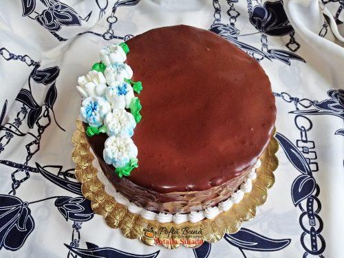 tort cu crema de mascarpone si jeleu de capsuni reteta pas cu pas 500x375 - Tort cu crema de mascarpone si jeleu de capsuni
