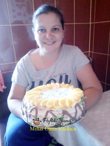 tort cu fructe reteta simpla rapida3 375x500 - Tort cu fructe si crema de vanilie, reteta simpla, de familie