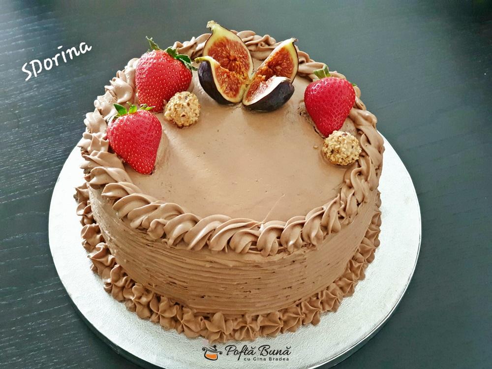 Tort cu crema de ciocolata cu mascarpone si visine,