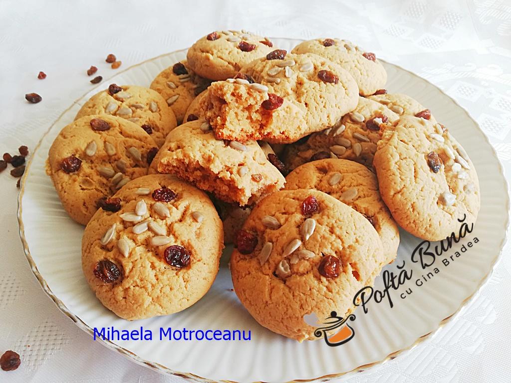 Biscuiți fragezi cu unt de arahide, reteta veche dar modernizata
