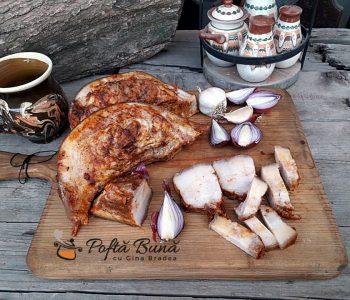 Gusa de porc fiarta, cu boia si usturoi