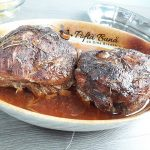 Porc friptura la cuptor inabusita cu usturoi si rozmarin