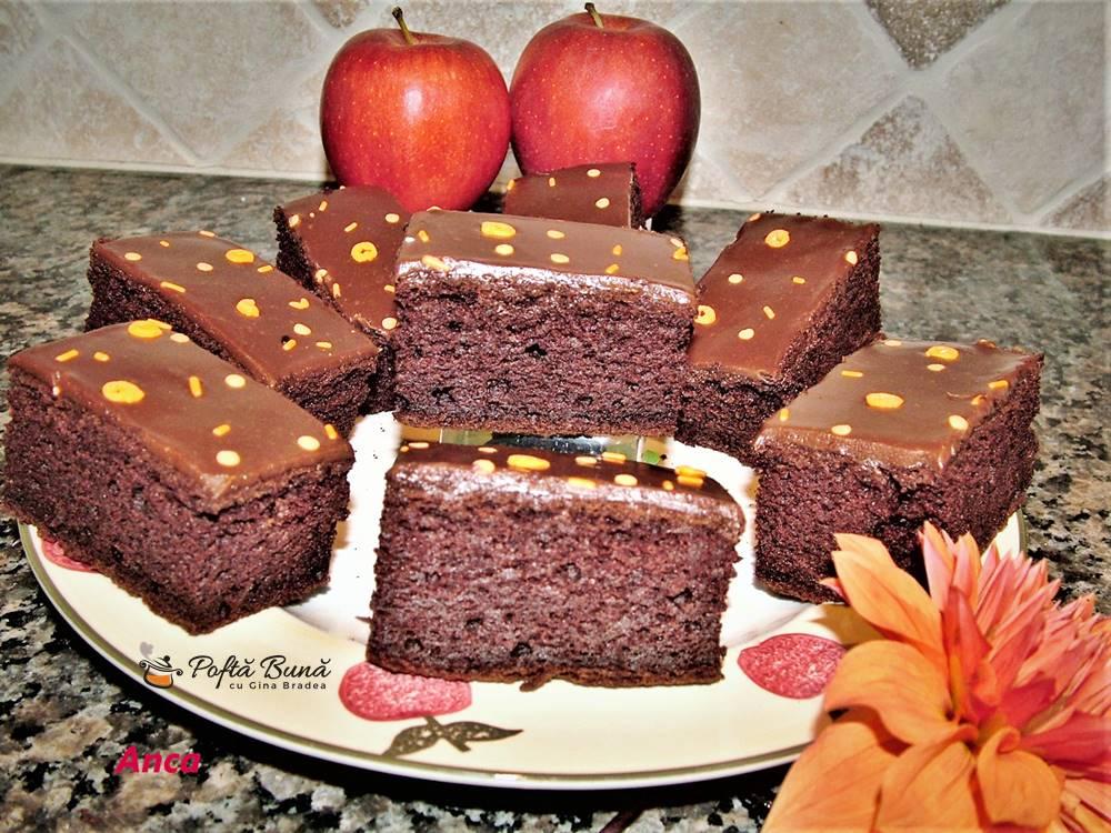 brownie cu mere si faina fara gluten 1 - Brownie cu mere si faina fara gluten, reteta pas cu pas