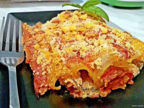 cannelloni cu carne tocata reteta italiana 2 500x375 - Cannelloni cu carne tocata, sos de rosii si ricotta, reteta italiana