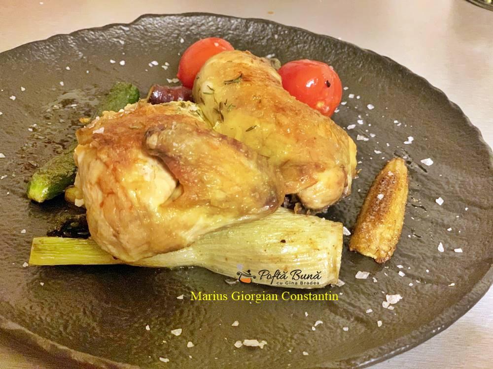 coquelet cu legume glasate reteta pas cu pas 3 - Coquelet cu legume glasate, cimbru si usturoi, reteta rapida