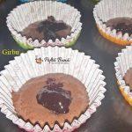 cupcakes cu cacao gem de visine si frisca 5 150x150 - Cupcakes cu cacao, gem de visine si frisca, moi, pufoase si gustoase