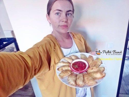 empanadas placinele cu carne tocata reteta pas cu pas 1 500x375 - Empanadas, placintele sau coltunasi cu carne tocata, la cuptor