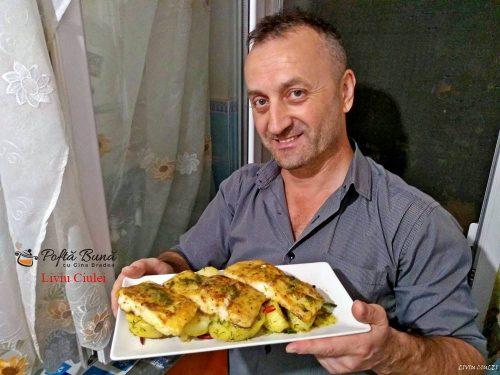 file de salau de nil pe pat de cartofi cu sos meunier 1 500x375 - File de salau de Nil pe pat de cartofi, cu sos Meuniere