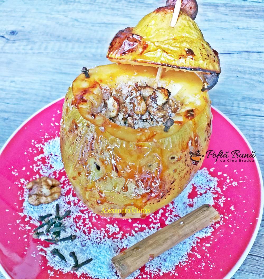 Gutui coapte la cuptor cu miere, scortisoara, nuca de cocos si nuca