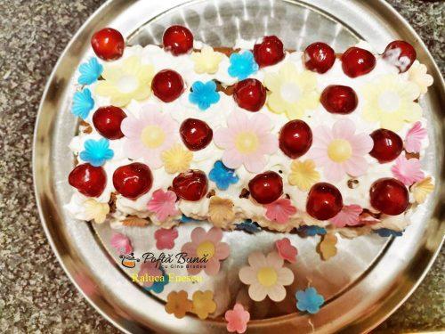 Lenea Cucoanei, tort fara coacere cu visine betive, reteta de la bunica.