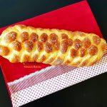paine cu lapte si unt ideala pentru micul dejun 5 150x150 - Paine impletita, cu lapte si unt, ideala pentru micul dejun