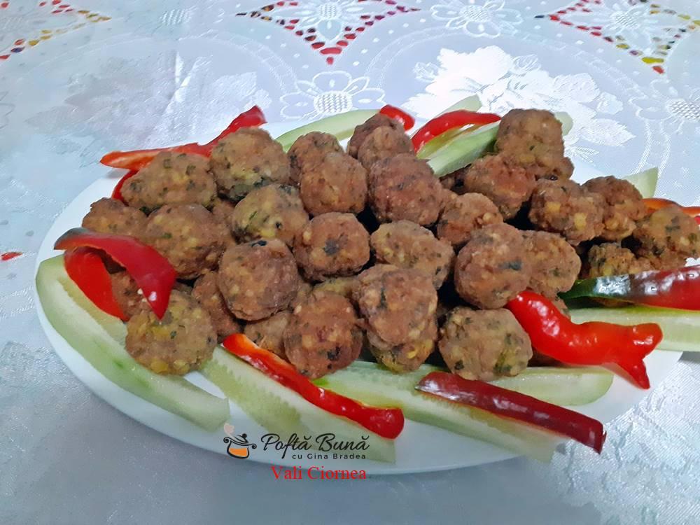 parjolute chiftelute din carne de curcan si afumatura 1 - Chiftele din carne de curcan si afumatura, parjolute moi si pufoase