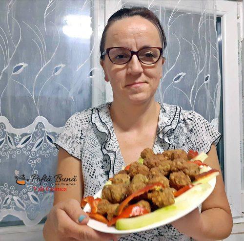 parjolute chiftelute din carne de curcan si afumatura 4 500x493 - Chiftele din carne de curcan si afumatura, parjolute moi si pufoase
