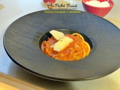 paste amatriciana reteta italiana simpla 6 500x375 - Pasta Amatriciana, reteta clasica italiana de paste cu sos de rosii
