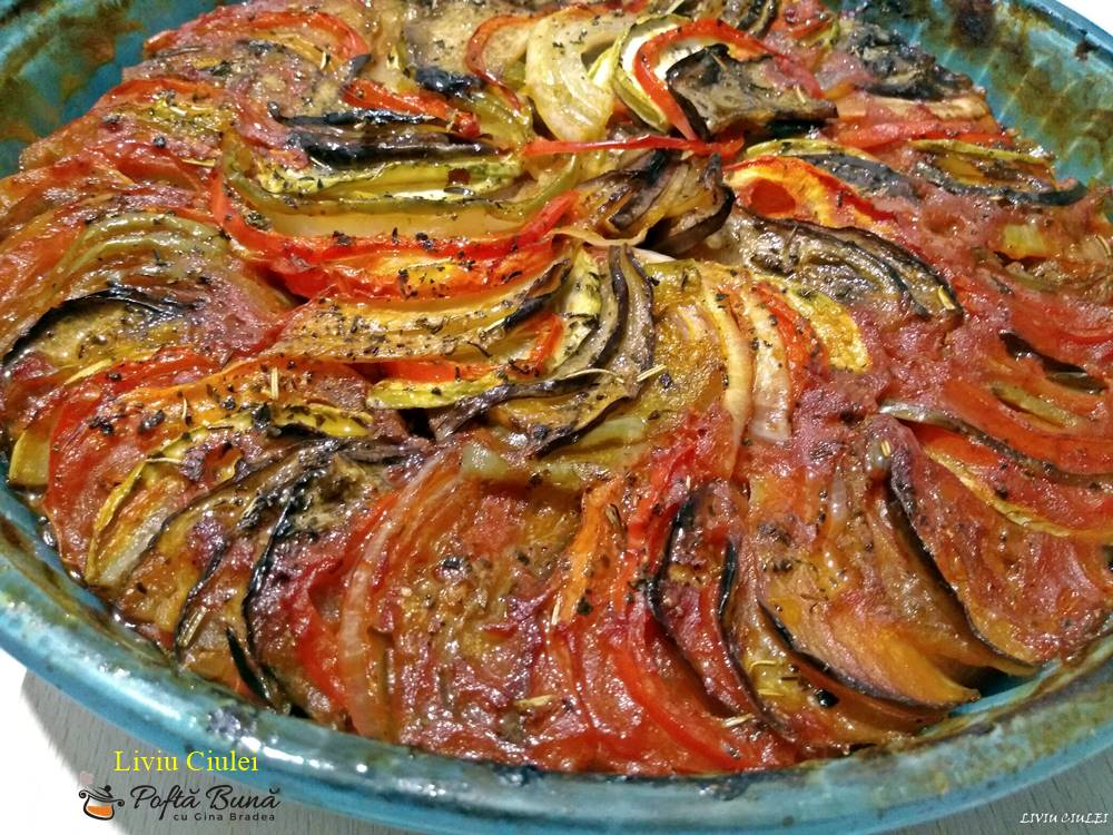 ratatouille la cuptor reteta frantuzeasca 4 - Ratatouille, ghiveci la tava cu vinete, ardei, rosii, dovlecei