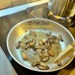reteta paste cu ciuperci 2 150x150 - Paste cu trufe, ciuperci si smantana, reteta rapida