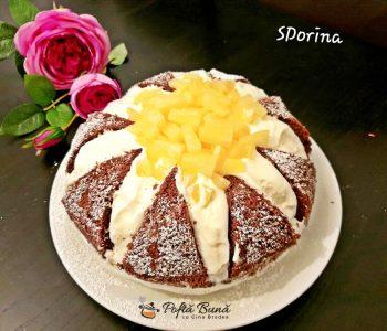 Tort Kilimanjaro cu ananas, blat de cacao si crema de branza