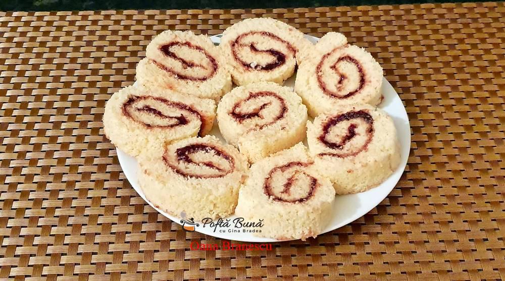 rulada cu dulceata reteta simpla 2 - Rulada cu dulceata, moale, pufoasa, reteta clasica