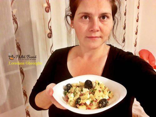 salata orientala reteta rapida 5 500x375 - Salata orientala cu masline, oua fierte si gogosari, reteta clasica